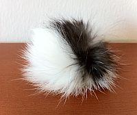 Katzenball aus Kaninchenfell